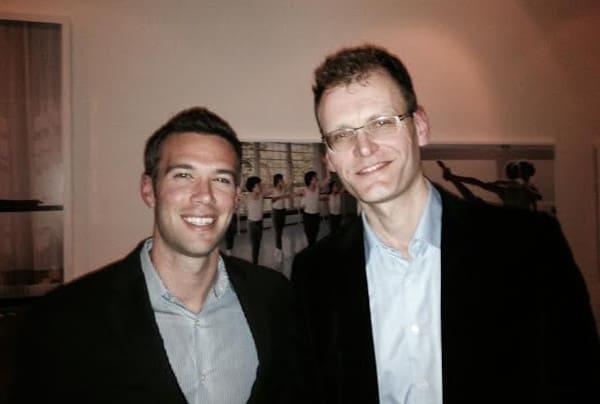 Obama's speech-schrijver Jon Favreau, met Aartjan van Erkel
