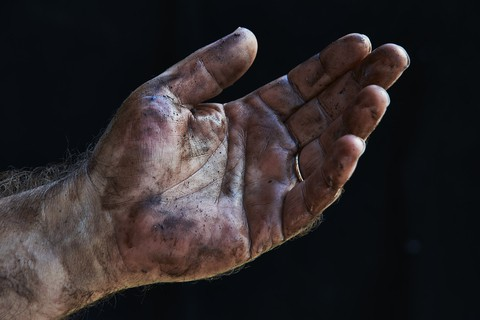 http://www.dreamstime.com/royalty-free-stock-image-car-mechanic-close-hands-dirty-image33057136