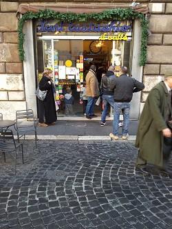 Hoe de beste koffiebar van Rome zijn klanten verleidt
